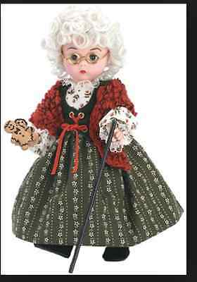 Madame Alexander Doll 35620 Little Old Lady with Cookies NIB Retired RARE