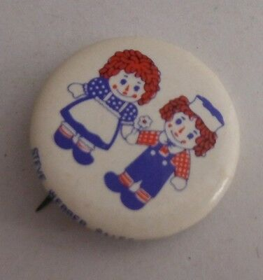 Vintage Raggedy Anne And Andy 1 1/4 Inch Pinback Pin Button