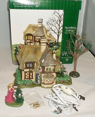 Dept 56 Dickens Village Sweetbriar Cottage +Accessory Gift Set 58518 Mint MIB