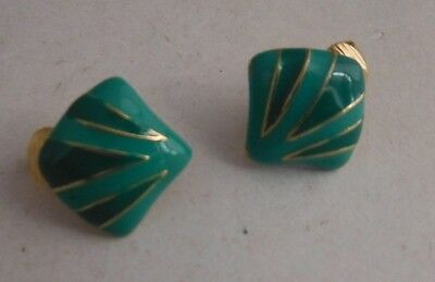 Vintage Green Sea Shell Style Clip On Earrings