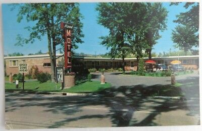 1958 Reed Motel Vermont Photo Used Postcard          (Inv4208)