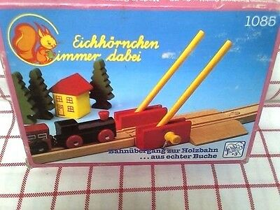 CROSSING GATE #1085 wooden TRAIN TRACK ACCESSORY HERMANN EICHHORN Germany new