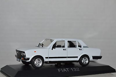 Legendary Cars Auto Die Cast Scala  1:43 - FIAT 132   [MZ]