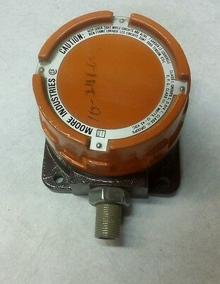 Moore Industries Transmitter PIX/3-15PSIG/4-20MA/24VDC/EXH2