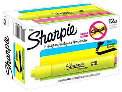 Sharpie Yellow Highlighter Accent Tank Style Chisel Tip Fluorescent Marker 12 Ct