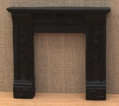 1:12 Dolls House Georgian fire surround - Black