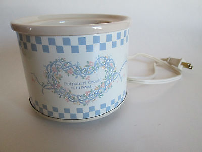 Rival Potpourri Crock with Box Model #3206 IV Heart of Ribbons and Flowers