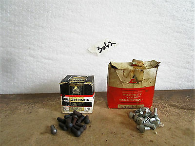 Rivets Allis Chalmers 9010025 and AGCO 79010053