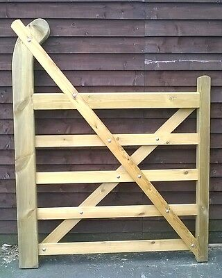 wooden gate -garden gate -ranch gate -heavy duty -quality timber -bespoke gate