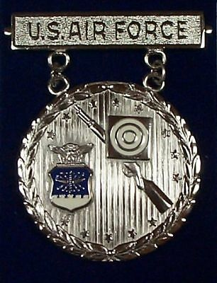 US Air Force Rifle EIC Excellence In Competition Badge Medal, Silver