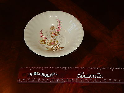 """RARE Vintage Semi Vitreous 5-1/2"""" Berry BOWL Floral Edwin M. Knowles China Co"""