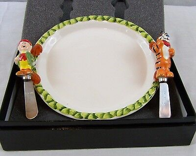 Kelloggs Ceramic Plate & Keebler Elf &Tony the Tiger Cheese Knives Collecter Set