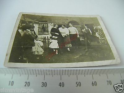 OLD Photo LOT3 1920-40s Family Group In Back Yard Vintage Fashion  001