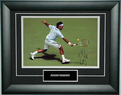Roger Federer Signed 8X12 Inches Tennis Photo Frame