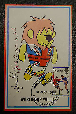 Jimmy Greaves Signed 1966 England World Cup Willie Original Postcard