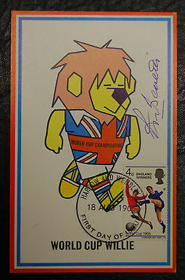 Peter Bonetti Signed 1966 England World Cup Willie Original Postcard