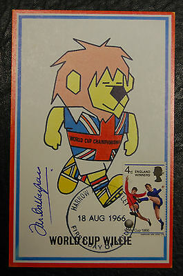 Ian Callaghan Signed 1966 England World Cup Willie Original Postcard