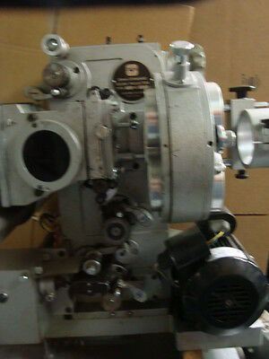 35mm TOKIWA PROJECTOR with 3-Lens Turret