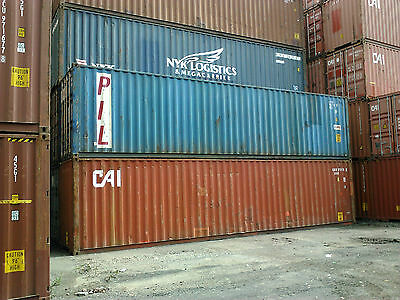 Shipping Container 40ft Solid Units Straight & Secure