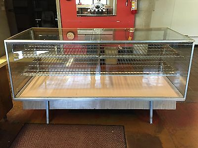 Deli Display Case (77'' x 31'' x 36'')