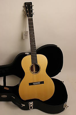 MARTIN Gitarre 00 Sloped Shoulder Rarität UVP: 6990 € absolute TOP Custom-Guitar