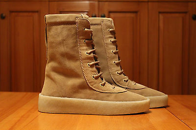 9d4a897e1 DS Yeezy Season 2 Crepe Boot Size 9 US EUR Luxury Taupe Suede Kanye West
