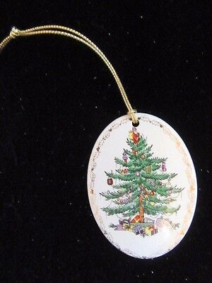 "Spode Christmas Tree ""Happy Holidays"" Oval Ornament 2 3/4 Inches Undated"