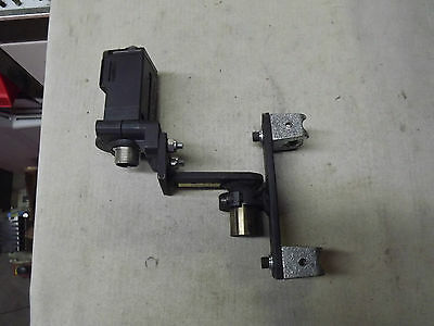 Allen Bradley 42GRU-9202-QD PhotoSwitch + Bracket + support