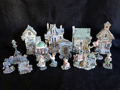 Ivy & Innocence Lot of 16 Pieces School Quilts Bed & Breakfast Flower Shop