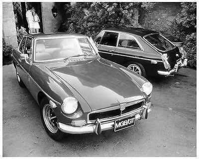 1973 MG MGB GT Automobile Photo Poster zc6245-SN52D4