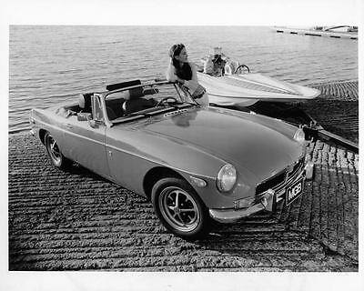 1974 MG MGB Convertible Automobile Photo Poster zad7108-M9VV7M
