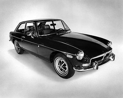 1974 MG MGB GT Fastback Coupe Automobile Photo Poster zad7110-WPG7M8