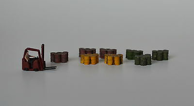 # N015 N Plaster Steel Oil Drums N Produits MP diorama baril métal