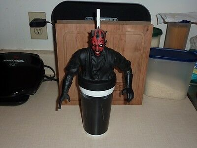 STAR WARS - Darth Maul Collectable Cup + Cup Topper + Straw - The Last Jedi