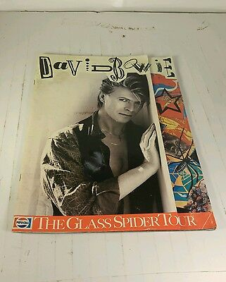 DAVID BOWIE Die Cut 1987 Glass Spider Tour Book