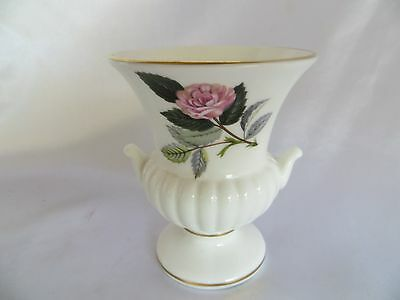 Wedgwood Hathaway Rose Small Bud Vase 1060 995 Picclick