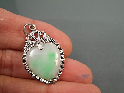 Attractive Vintage Chinese 14Ct White Gold Green White Gold & Jade Heart Pendant