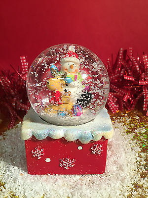 Snowman Waterball Xmas Snow Globe ~ Snowman with Reindeer 102
