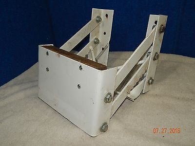 Boat Motor Bracket Mount Lift