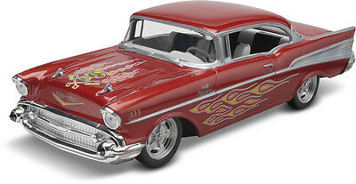 Revell 1:25 Snap Tite 57 Chevy Bel Air Plastic Model Kit  RV-85-1931