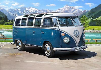 Revell 1:16 Volkswagen T1 Samba Bus Plastic Model Kit  RV-07009