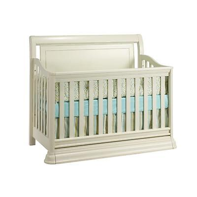 Christina 4 in 1 Convertible Crib-Free Shipping in the Greater Toronto Area