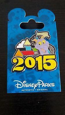 DISNEY PARKS ORIGINAL 2015 LOGO WDW Cinderella Figment LOT of 2 PIN NEW ON CARD