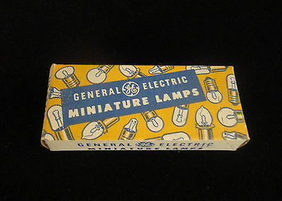 GENERAL ELECTRIC MINIATURE LAMPS # 685 RE AIRCRAFT VINTAGE - MINT IN BOX No.:133