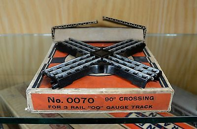 Lionel OO / 00 Gauge Track -90 Degree Crossover 3 Rail OO70 / 0070 with OB