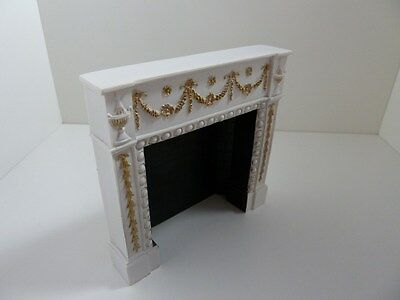 Dolls House Miniature White Resin Fireplace (A4485Wh)