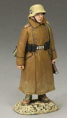 KING AND COUNTRY WW11 AFRICA KORPS Rifleman in greatcoat on guard duty AK68