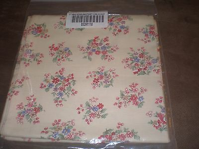 "Longaberger 36"" Fabric Square - Sweetheart Floral Bouquet"