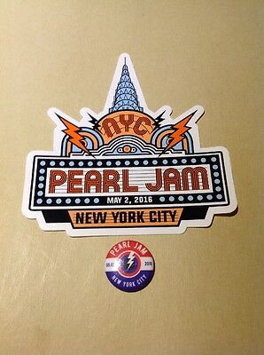 2016 Pearl Jam New York City Sticker And Pin
