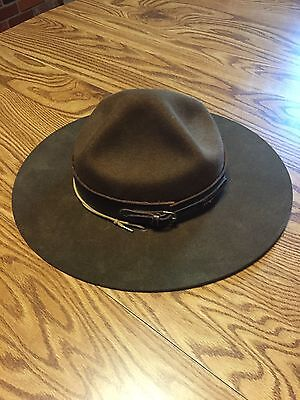 "Vintage ""Boy Scouts of Canada"" Leader's Hat W/ Storage  Hat Frame"
